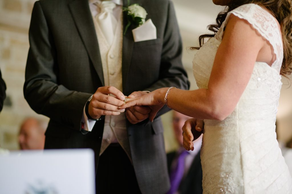 welk pak bruidegom trouwdag