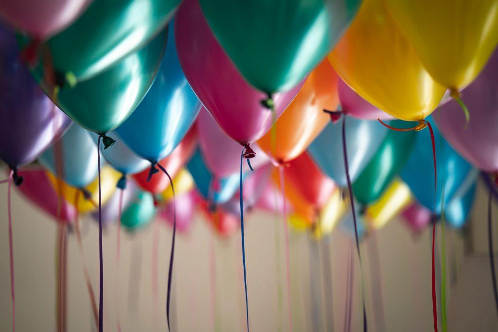 verjaardagen samen vieren voordelen nadelen ervaring