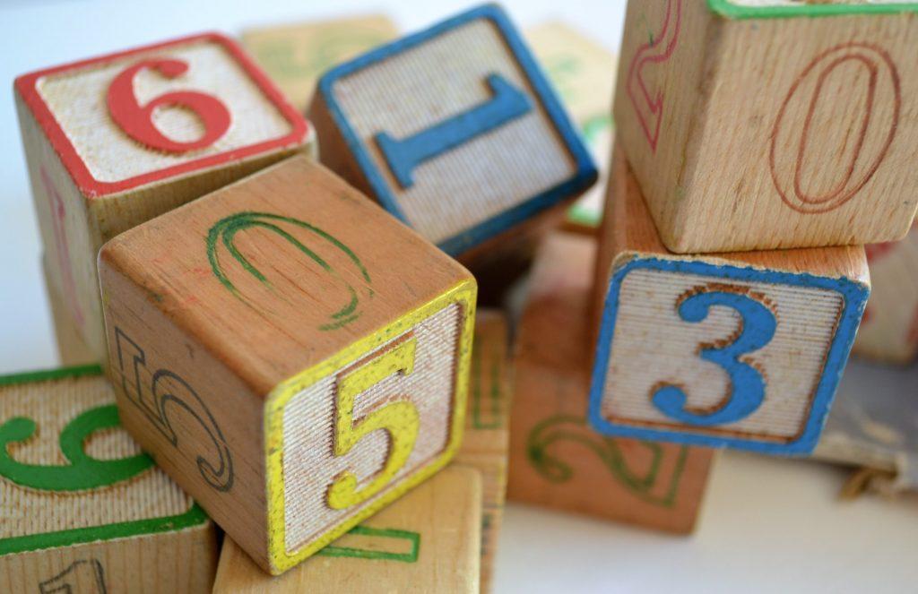 waarop letten koop houten speelgoed