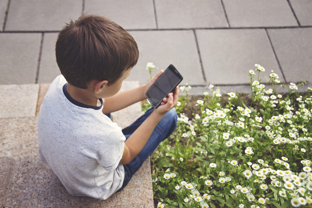 welke leeftijd eerste mobiele telefoon