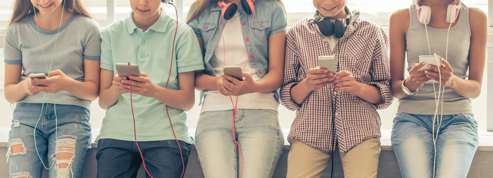wie betaalt belkoten eerste mobieltje