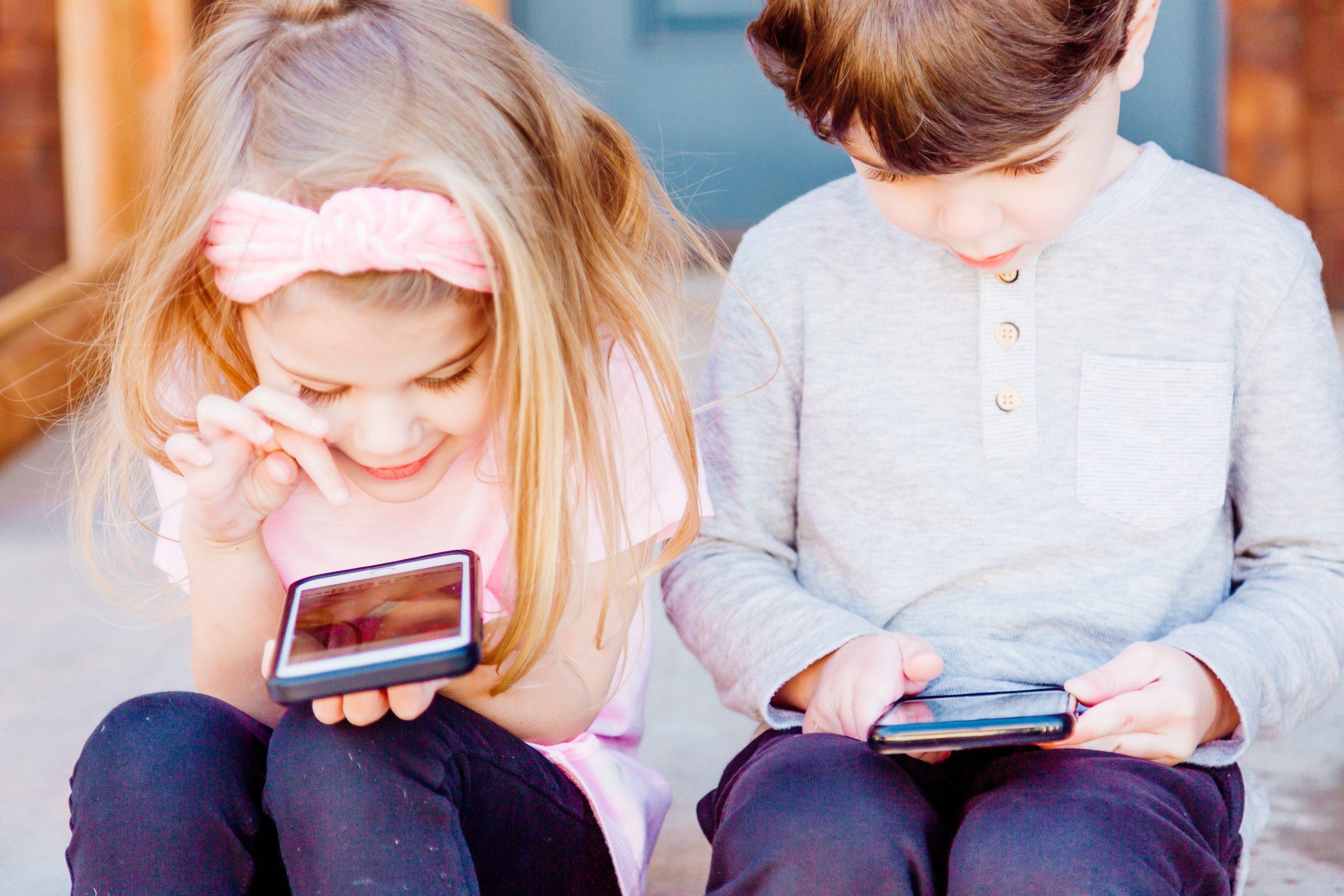 wanneer kind oud genoeg voor mobiele telefoon